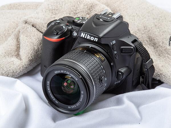 一眼レフカメラ Nikon D5500